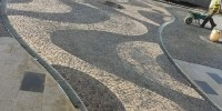 Bazalt küp taş döşeme işçiği