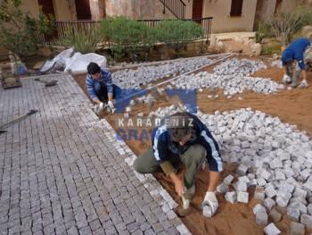 granite paving stone setts